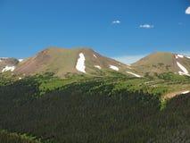 Intervallo di montagna rocciosa fotografia stock