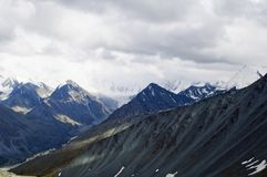 Intervallo di montagne in Altai Fotografia Stock Libera da Diritti