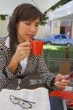 Intervallo per il caffè occupato Fotografie Stock