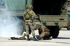 Intervention militaire, soldat blessé. images stock