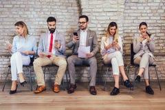Intervju för jobb för affärsfolk väntande på arkivfoton