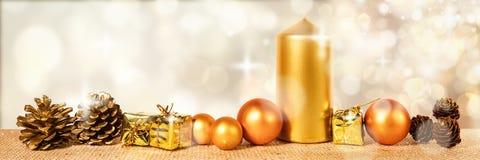 Intestazione con la decorazione dorata di natale Fotografie Stock
