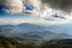 Inthanon berglandskap Arkivbilder