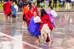 Inti Raymi di celebrazione indigeno non identificato, Inca Festival del Sun in Ingapirca, Ecuador fotografie stock libere da diritti
