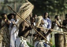 Intore dansare i Rwanda Royaltyfria Bilder