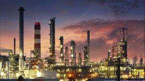 Intossichi la raffineria, l'industria petrolifera - lasso di tempo video d archivio
