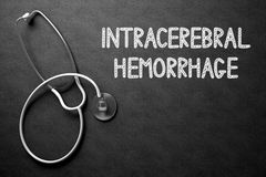 Intracerebral Blutung auf Tafel Abbildung 3D stockfotografie