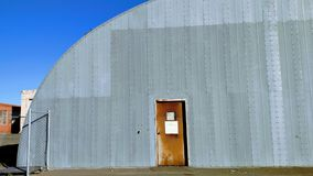 Intressant byggnad @ Mare Island, Vallejo, CA Royaltyfri Bild