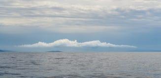Intressant moln över Pakleni öar Royaltyfria Foton
