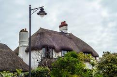 Intressant struktur av tak av lantliga byggnader, täckte tak Royaltyfri Foto