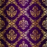 Intricate Gold-on-Purple seamless sari pattern Royalty Free Stock Images