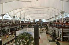 Intérieur d'aéroport de Denver Image libre de droits