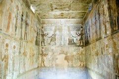 Intérieur de chapelle au temple d'EL Medina de Deir Photos libres de droits