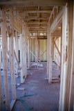 Intérieur de l'immeuble neuf en construction Photographie stock