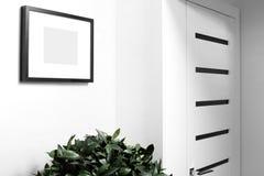 Intérieur de maison lumineuse de couloir Photo libre de droits