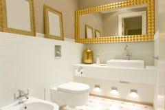 Intérieur de salle de bains Photographie stock