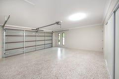 Intérieur moderne de garage Photographie stock