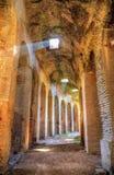 Intérieurs de l'amphithéâtre de Capua Photos stock