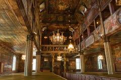 Intrior de madeira da igreja Fotos de Stock