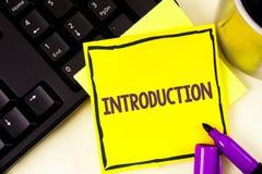 Introduction des textes d'écriture Pièce de signification de concept première d'une présentation formelle de document à une assis Photo libre de droits