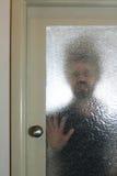 Intruz przy domowym drzwi Zdjęcie Royalty Free
