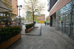 Intryck från den Potsdam fyrkanten, Potsdamer Platz i Berlin från April 11, 2017, Tyskland Royaltyfria Bilder