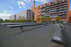 Intryck från den Potsdam fyrkanten, Potsdamer Platz i Berlin från April 11, 2017, Tyskland Arkivbild