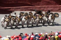 Intrycket Lijiang är den traditionella dansen i Kina. Royaltyfri Fotografi