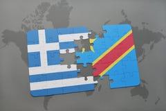intryguje z flaga państowowa Greece i demokratyczna republika Congo na światowej mapy tle Fotografia Stock