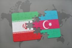 intryguje z flaga państowowa Iran i Azerbaijan na światowej mapy tle Obrazy Stock