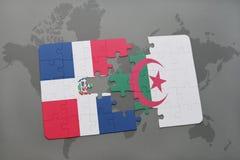 intryguje z flaga państowowa republika dominikańska i Algeria na światowej mapie Fotografia Stock