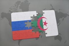 intryguje z flaga państowowa Russia i Algeria na światowej mapy tle Obrazy Royalty Free