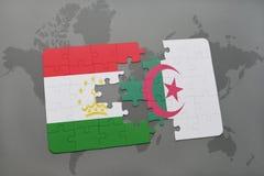 intryguje z flaga państowowa Tajikistan i Algeria na światowej mapie Zdjęcie Stock