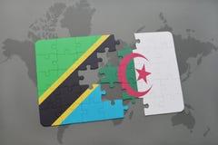 intryguje z flaga państowowa Tanzania i Algeria na światowej mapie Obrazy Stock