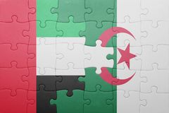 intryguje z flaga państowowa Algeria i zlani arabscy emiraty Zdjęcie Stock