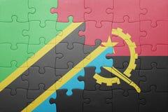 intryguje z flaga państowowa Angola i Tanzania Obraz Stock