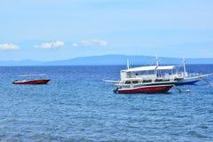 Intymnej siedziby VIP kurortu łodzie w Negros orientale, Filipiny fotografia stock