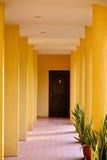 Intymnej siedziby VIP kurortu korytarz w Negros orientale, Filipiny zdjęcia stock