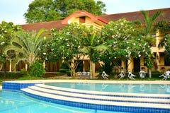 Intymnej siedziby VIP kurortu pływacki basen w Negros orientale, Filipiny obrazy royalty free
