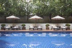 Intymny pływacki basen luksusowy Fotografia Royalty Free