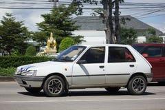 Intymny stary samochód, Peugeot 205 Obrazy Stock