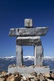 Inukshuk en la montaña de la marmota Fotos de archivo libres de regalías