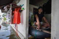 Inundação de Nonthaburi no estilo de vida de Tailândia 2011-The dos povos no mas Fotografia de Stock Royalty Free