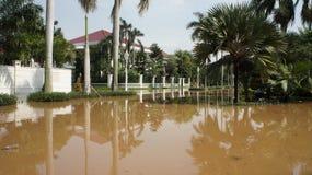 Inundação em Jakarta ocidental, Indonésia Fotos de Stock