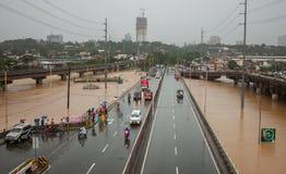 Inundação em Manila, Filipinas foto de stock