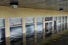Inundação séria nos edifícios Fotografia de Stock Royalty Free