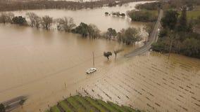 Inundación rusa del río El condado de Sonoma, CA 27 de febrero de 2019 almacen de video