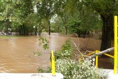 Inundaciones del río de Whippany en Parsippany Rd/Whippany NJ Imagen de archivo libre de regalías