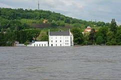 Inundaciones en Praga imágenes de archivo libres de regalías