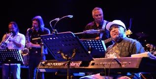 Inunde Dogg, faixa americana da música da alma, desempenho na fase dos baronete Foto de Stock Royalty Free